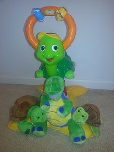 Tickle Toes Turtle by Nuby