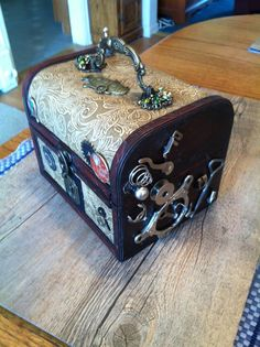 Time Traveler's Trinket box