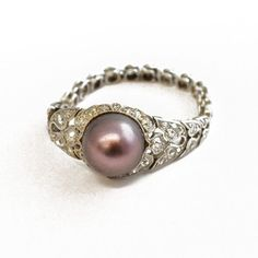 NATURAL BLACK PEARL & DIAMOND RING (England)