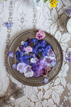 Edible Flowers: pansies, violas, cornflowers