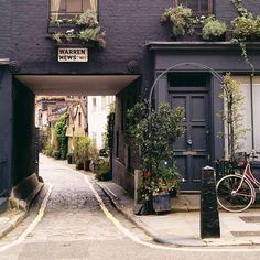 Exploring #Fitzrovia, a charming hidden neighborhood in London.