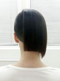 Two Thirds of a Bob Shaved Side Hairstyles, Bob Hairstyles, Shaved Undercut, Buzzed Hair, Half Shaved Hair, Piercings For Girls, Bald Women, Extreme Hair, Shaved Sides