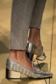 Pantofi extraordinar