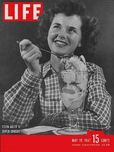 Throw Back Thursday: Check out this Vintage Life Magazine Cover with Super Ice Cream Sundae! Vintage Comic Books, Vintage Comics, Vintage Magazines, Vintage Photos, Look Magazine, Time Magazine, Magazine Covers, Magazine Photos, Celebrities Reading