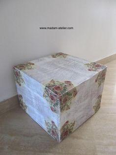 cubo decorativo feito de caixa de papelão + papietagem + decoupagem