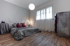 Camera da letto #bedroom #arredamento #interni #grigio #grey #parquet