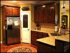 love the kitchen and love the round rug