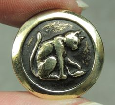 BRASS PICTURE BUTTON ~ CAT    METAL