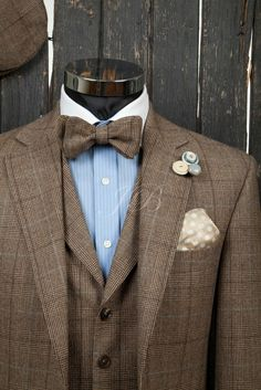 wedding groomsmen tweed | wedding suit with a bow tie, vintage wedding suit, bow ties for grooms ...