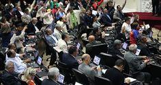 """En un """"juicio a la justicia"""" organizado por el Observatorio Venezolano de Prisiones se exigió a los diputados electos garantizar la independencia judicial"""