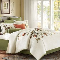 Harbor House Madeline Bedding Collection $230 4 piece crewel