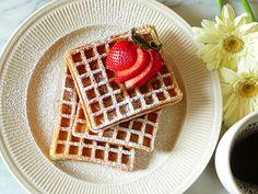waffles (breakfast in bed)