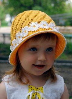 : yellow hat, free crochet | http://creativehandmadecollections.13faqs.com