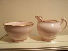 Very Pretty Royal Vale Pink Bone China Milk / Cream Jug & Sugar Bowl