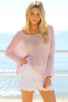 Slouch Knit - Pastel Pink. {I just adore those shorts!}