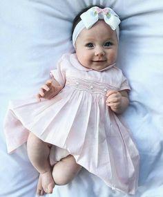 Cute Newborn Baby Girl, Newborn Girl Outfits, Cute Babies, Baby Kids, Kids Outfits, Cute Kids Pics, Cute Baby Pictures, Cute Little Baby, Baby Love
