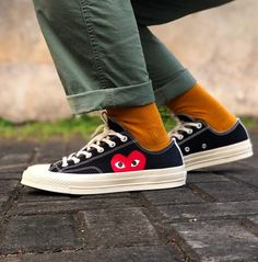 Two iconic brands collide to create a classic style with a playful twist with the Converse x Comme des Garcons PLAY Chuck Converse Jordan Fashions, Jordan Outfits, Nike Outfits, Cdg Converse, White Converse Outfits, Nike Casual Shoes, Nike Air Force 1 Outfit, Womens Fashion Sneakers, Fashion Shoes