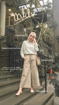 first day of school kinda outfit Ootd Hijab, Hijab Casual, Hijab Chic, Hijab Fashion Casual, Hijab Elegante, Street Hijab Fashion, Casual Outfits, Hijab Jeans, Fashion Outfits