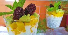Copa de yogur y frutas