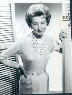 """In MEMORY of IRENE RYAN on her BIRTHDAY - Born Jessie Irene Noblitt, American actress and comedienne who found success in vaudeville, radio, film, television, and Broadway. She is most widely known for her portrayal of Daisy May """"Granny"""" Moses, mother-in-law of Buddy Ebsen's character Jed Clampett on the long-running TV series The Beverly Hillbillies (1962–1971). Oct 17, 1902 - Apr 26, 1973 (glioblastoma and arteriosclerotic heart disease)"""