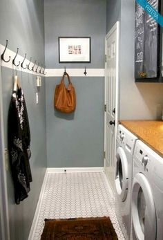 38 Awesome Small Laundry Room Decor Ideas for Your House - Small Utility Room, Utility Room Designs, Small Laundry Rooms, Utility Room Ideas, Laundry Decor, Laundry Room Organization, Laundry Room Design, Laundry Storage, Laundry Room Colors
