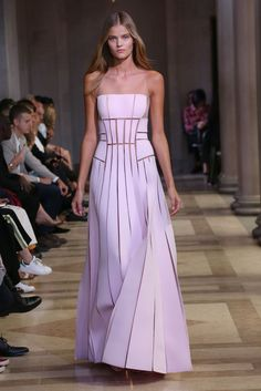 Kate Grigorieva for Carolina Herrera - Spring/Summer 2016 - New York Fashion Week.