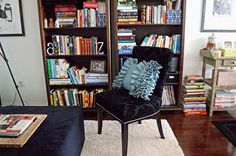 A Colorful Home Tour: Woman in Real Life {Color My Home Summer Blog Series}