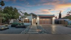 💰 OFF THE MKT OPPORTUNITY. Offered At $425,000 BUT Million $$$ Finishes. A Stunning Down To The Studs Contemporary!  WHERE: 5435 E Roanoke Ave Phoenix 85008 OFFERED AT: $425,000  WATCH VIDEO TOUR: https://player.vimeo.com/video/250307665  Presented By The Marta Walsh Group Russ Lyon Sotheby's International Realty.