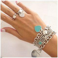 Tiffany Jewelry, Tiffany And Co Bracelet, Tiffany Necklace, Colar Tiffany E Co, Tiffany Und Co Armband, Love Bracelets, Fashion Bracelets, Couple Bracelets, Silver Bracelets