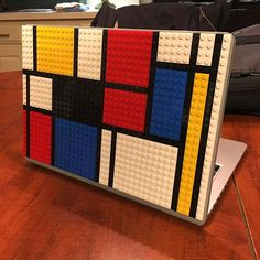 Brik Book is a Lego compatible MacBook case designed for fun and creative people. Build, collaborate and express yourself with this customizable laptop case.
