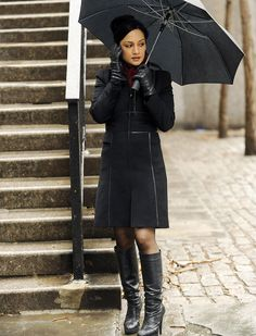 "She has perfect aim. She's been known to use a baseball bat as a weapon. And did we mention fans refer to her shoes ""boots of justice?"" Accessories aside, Kalinda has been the definition of powerful since the CBS legal drama premiered. Whether she's flirting with multiple partners (of multiple sexes!), getting inside information from the police and the FBI or simply using her own intuitive investigative skills to do everyone's jobs at Lockhart / Gardner, she's always in control."