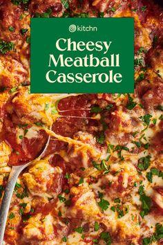 This Cheesy Meatball Casserole Is Peak Comfort Food Casserole Recipes, Pasta Recipes, Beef Recipes, Healthy Recipes, Cheesy Meatballs, Hamburger Stew, Meatball Casserole, Italian Pasta Dishes, Ground Turkey