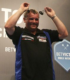 Terry Jenkins claimed a first round victory over Andy Smith