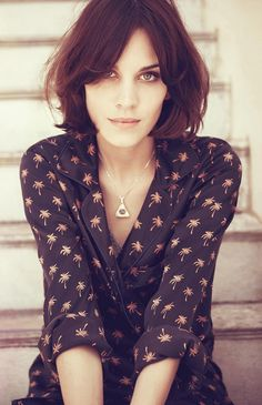 Great hair, Alexa Chung for Madewell (i need a new cut maybe this w longer pieces in the front)
