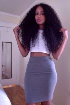 Curly hair and curvy.we all cant hair straight hair and pencil shapes School Looks, Love Hair, Big Hair, Gorgeous Hair, Weave Hairstyles, Pretty Hairstyles, Kid Hairstyles, Hairstyle Ideas, Curly Hair Styles