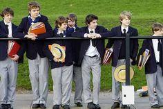 Jovenes chilenos de escuela privada