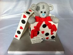 Me to you bear in a box, yes it's all cake and you can eat it!