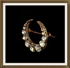 Beautiful Antique 9ct Gold Crystal Crescent Brooch