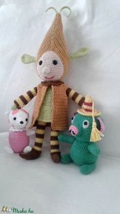 Manócska (czeroart) - Meska.hu Textiles, Dinosaur Stuffed Animal, Teddy Bear, Christmas Ornaments, Toys, Holiday Decor, Crochet, Animals, Beauty