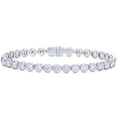 Beautiful bracelet from Kwiat at DK Gems. You will find a large selection of diamond bracelet and gold bracelet at DK Gems, the Best duty free jewelry stores in st maarten located on Front street in Philipsburg.