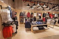 ONLY Flagship Store by Riis Retail, Dredsen – Germany » Retail Design Blog