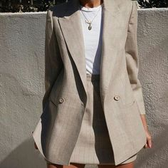 #suit #streetstylefashion #streetstyle