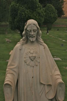 Salt Lake City Catholic Cemetery Jesus Statue | Jesus statues ...