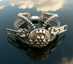 Steampunk+Bracelet++Zipper+Bracelet+Silver+par+PeteAndVeronicas,+$27.00