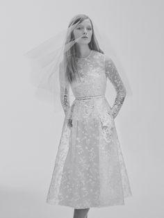La première collection de robes de mariée d'Elie Saab Elie Saab Bridal | Vogue