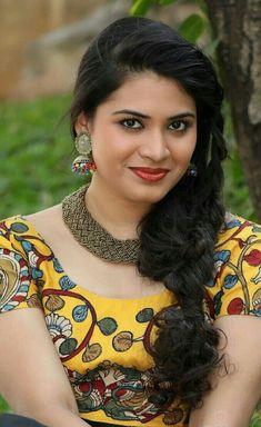 Megnna Kumar Chudai k liye accha maal Beautiful Blonde Girl, Beautiful Girl Photo, Beautiful Girl Indian, Most Beautiful Indian Actress, Cute Beauty, Beauty Full Girl, Beauty Women, Beautiful Bollywood Actress, Beautiful Actresses