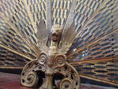 """Vtg Brass 25"""" Tall FIREPLACE SCREEN Peacock Folding FAN Nouveau DRAGON HEAD"""