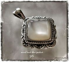 Silver pendant with mother of pearl - www.flearoom.fi