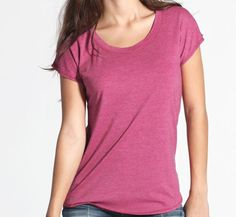 scoop neck short sleeves
