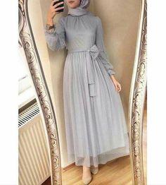 designs of dresses Hijab Prom Dress, Hijab Gown, Hijab Evening Dress, Hijab Style Dress, Muslim Dress, Dress Outfits, Evening Dresses, Modern Hijab Fashion, Abaya Fashion